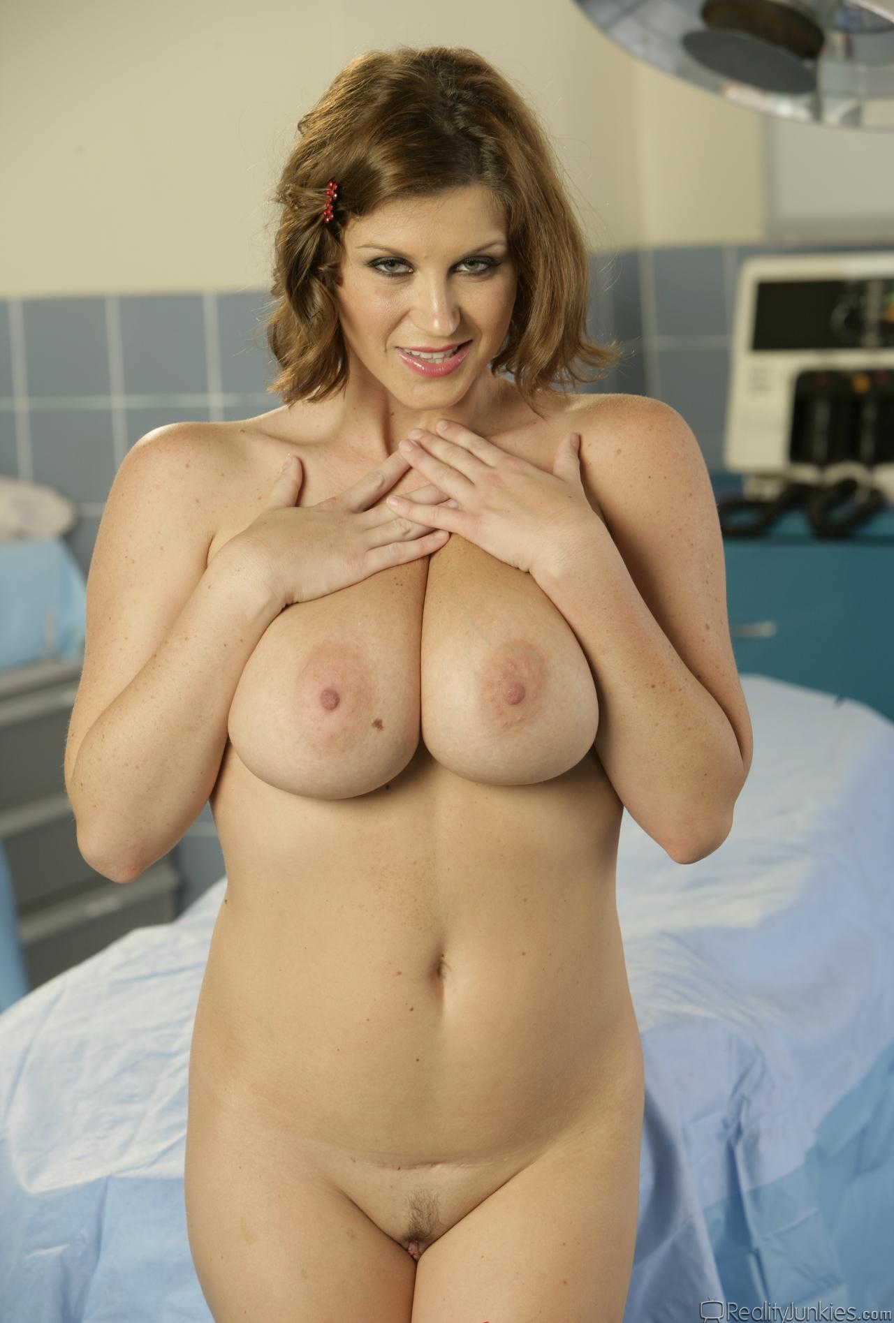 mature intensive care nurse took accomdated me with her throat picture 7