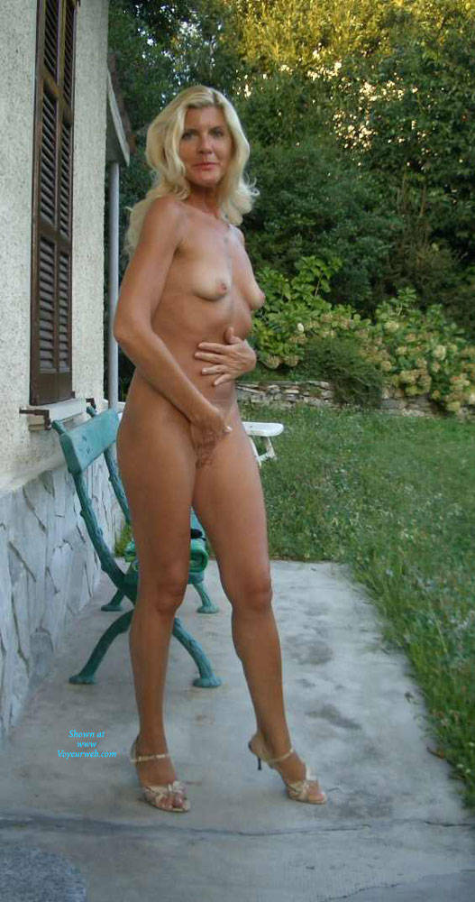hot tall athletic mature cutie and former stewardess leaked in this foto series #3