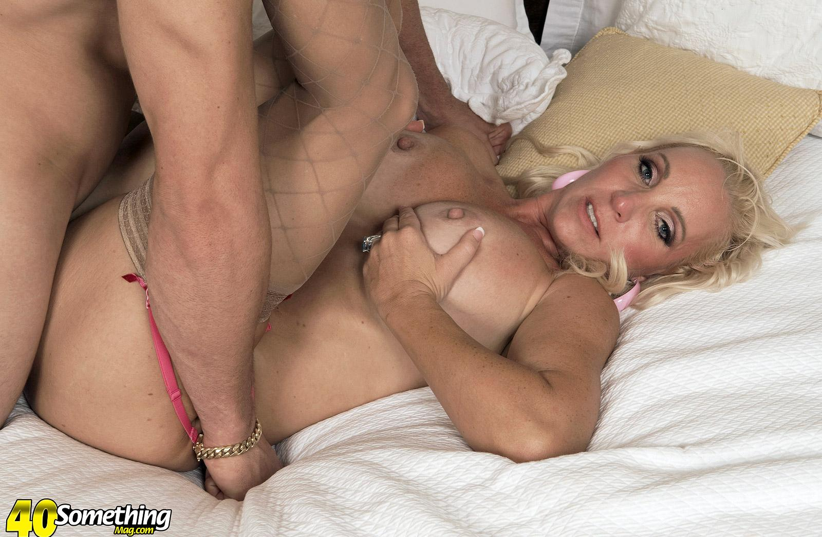 tall athletic dicoverd lady Anika Anderssen spending a fucked up afternoon with her personal gym trainer picture 16