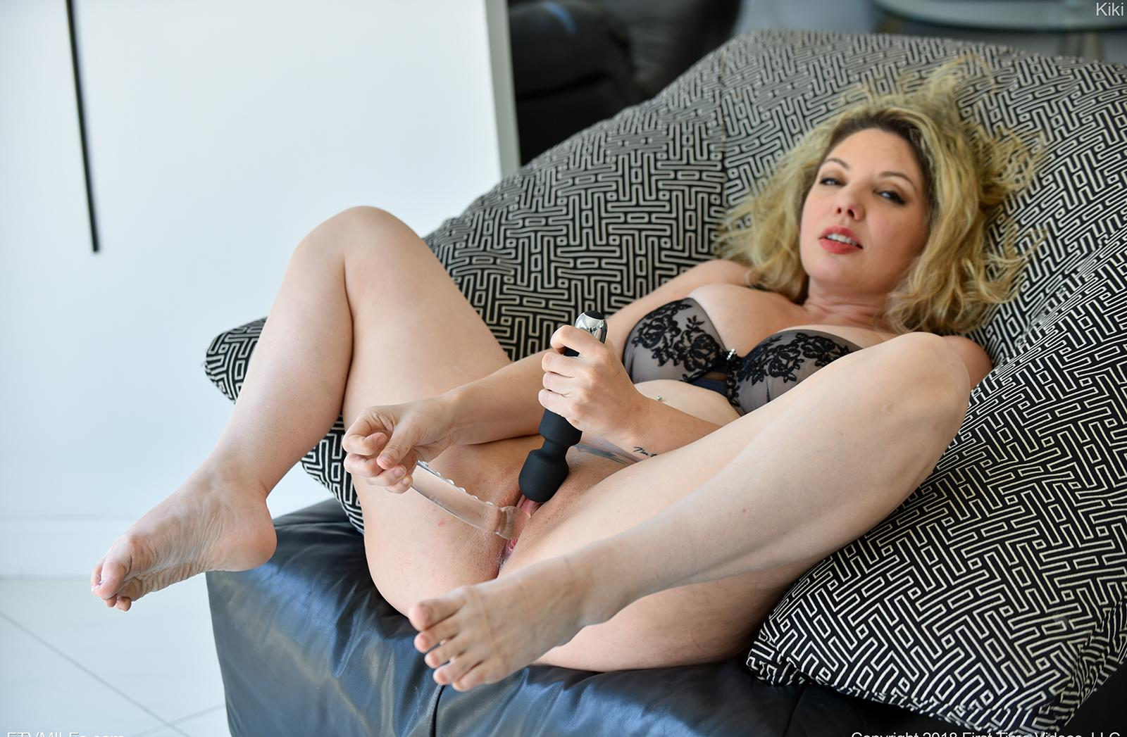 busty comfy mature orgasming twice this morning after she woke up picture 13