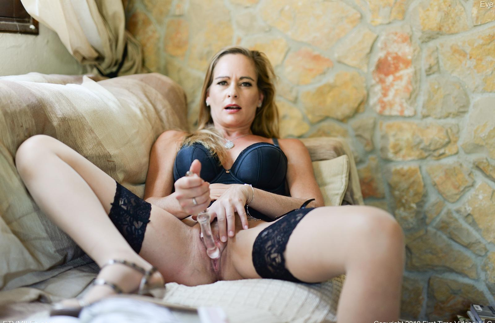 kinky french mom puts something dirty between her legs picture 6