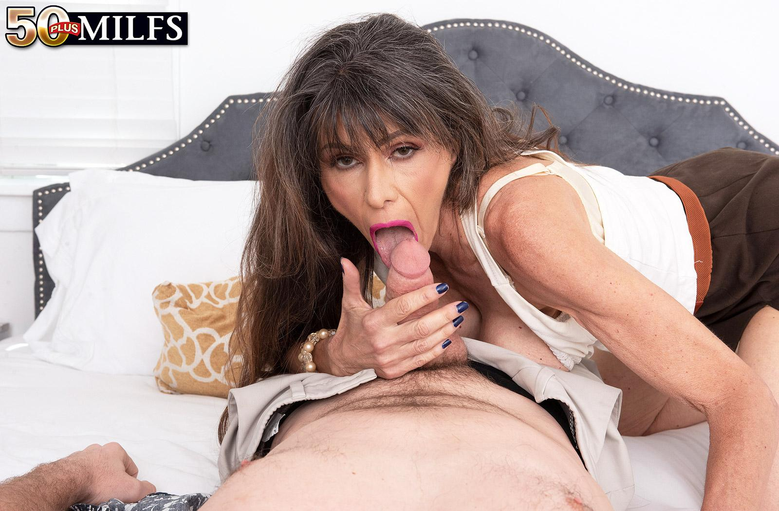 sweet mature Beth Sinkati spending a fine anal hour with her younger lover picture 15