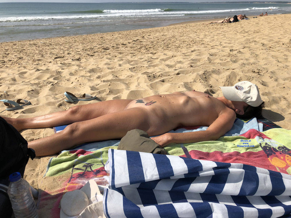 retired mature nudist spending a couple of days at the beach #2