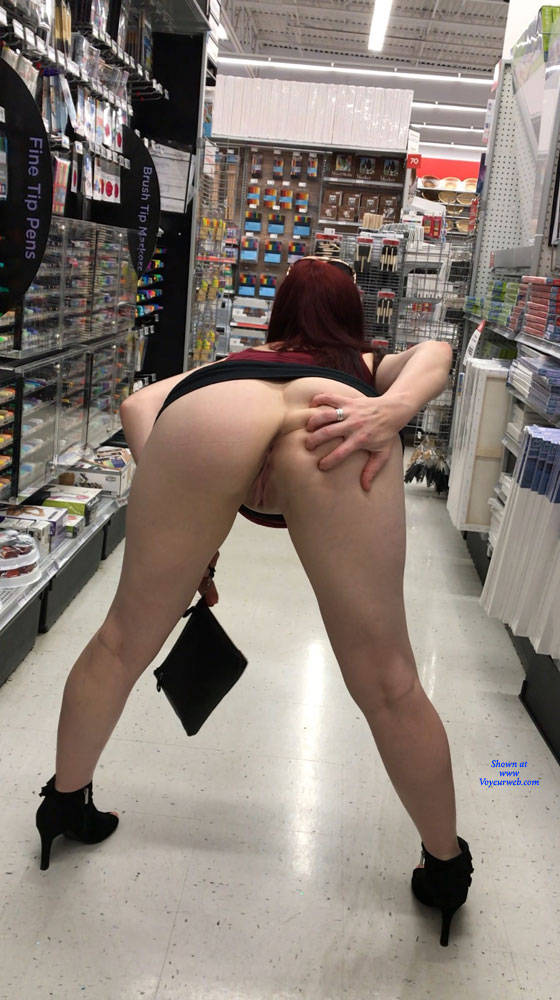 hot wife went shopping without panties #3