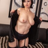 seductive rich 50 year old business woman shows her little hot cat picture 10