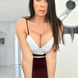 aroused mom's well deserved sundays sex - divorced mature reagon rubs herself to the top picture 13