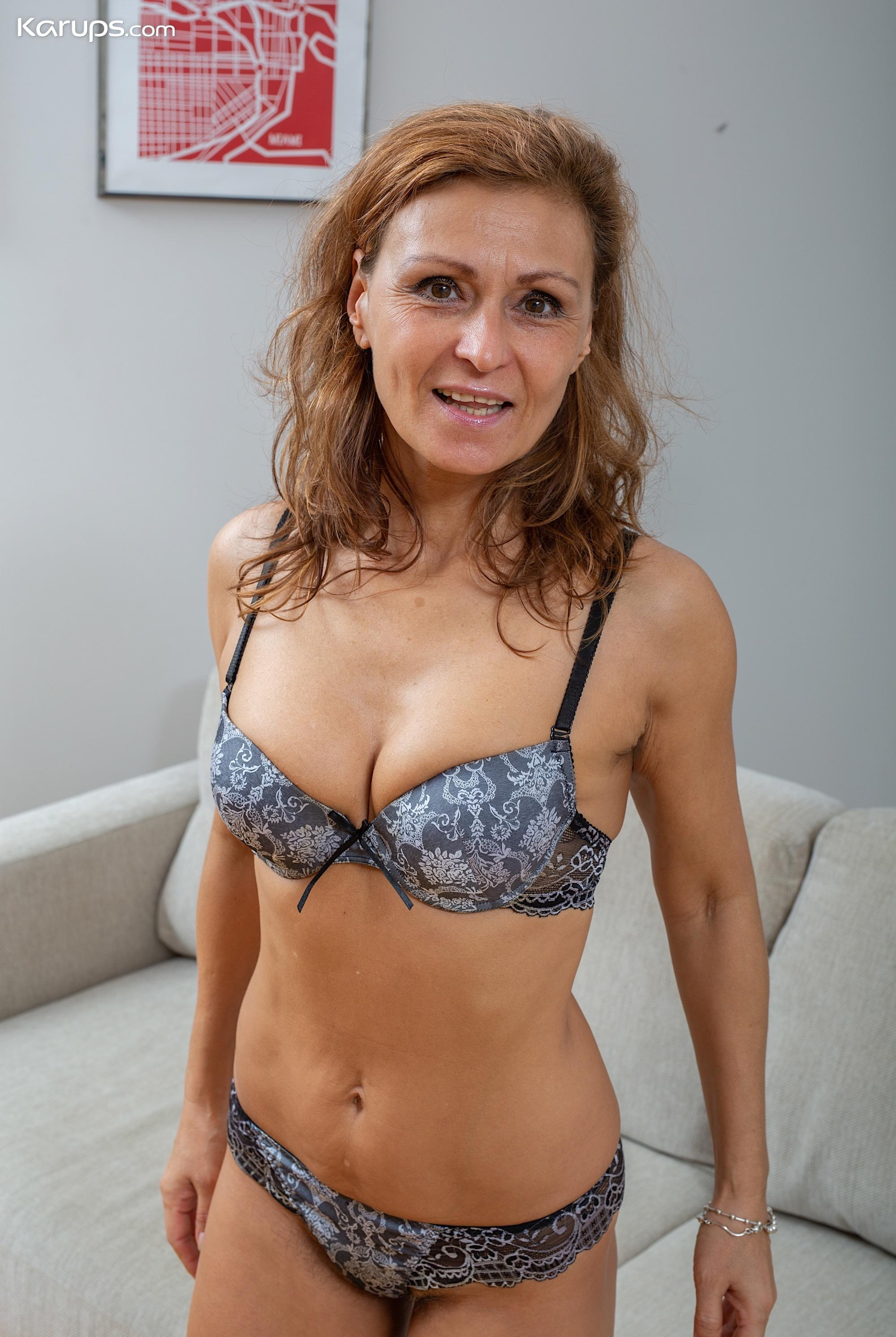 This slightly older hairy marriage bitch can turn your head with her oral sex skills picture 2