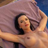 pretty bikini milf Shalina Devine picture 13