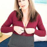 Meet Arianna Steele, anal MILF - Arianna Steele (94 Photos) - 50 Plus MILFs picture 5