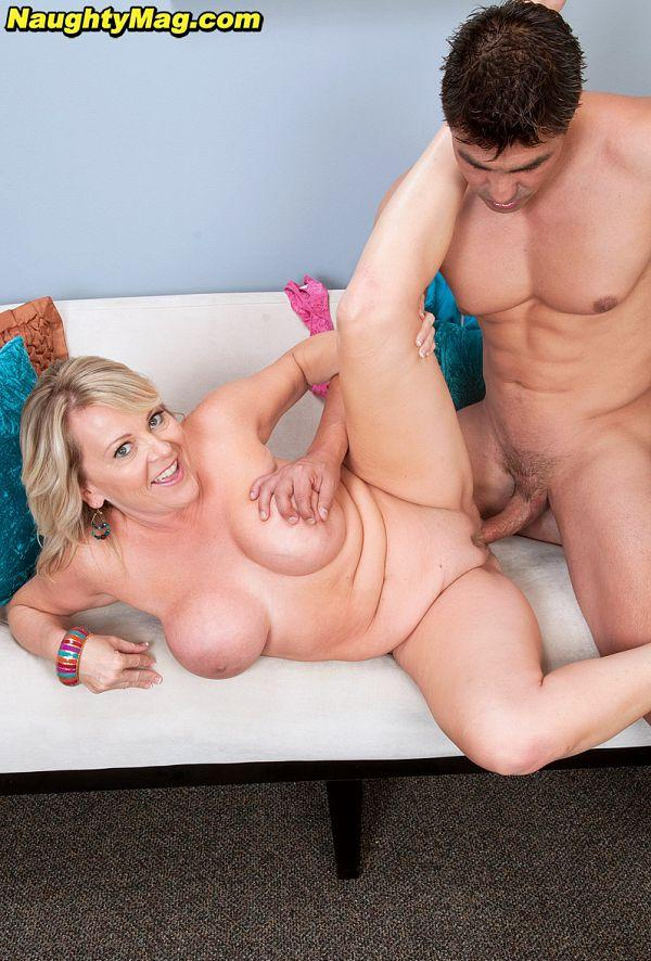 MILF Loves To Fuck - Morgan Monroe and Sergio (88 Photos) - Naughty Mag picture 2