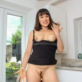 This sexy european mature masturbates twice a day when her husband is at work. picture 15