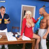 Shannon Blue's anal threesome - Shannon Blue, Matt Darco, and Steve Q (100 Photos) - 50 Plus MILFs picture 5