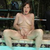 hot skinny mature cleaning her pool and then her pussy out picture 9