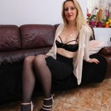 lonely quarantine mature helping herself out with self climax picture 6