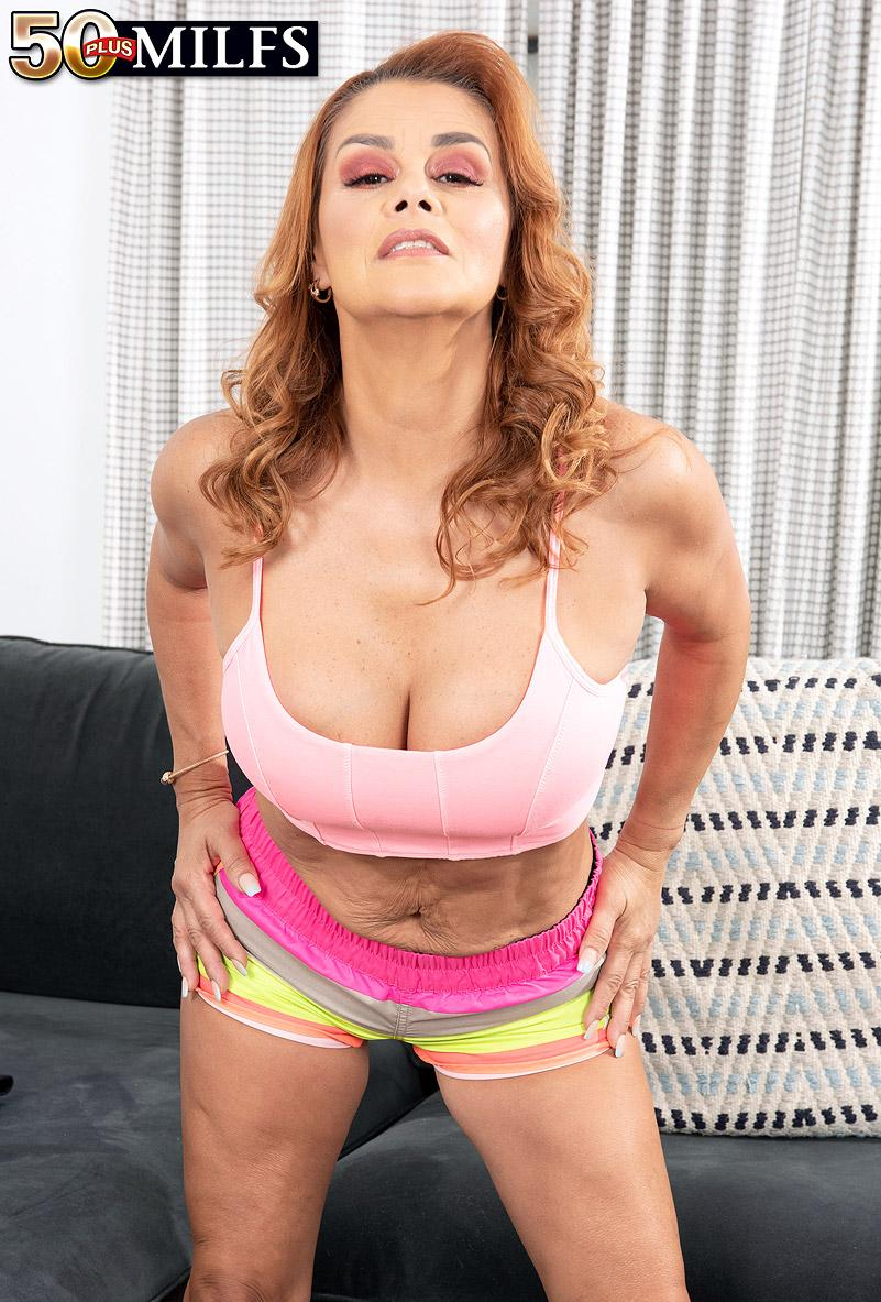 XXXercise class with a horny Latina - Juliett Russo (75 Photos) - 50 Plus MILFs picture 2