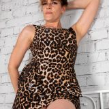 old tall lady spreading her legs picture 7