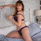 old tall lady spreading her legs picture 10